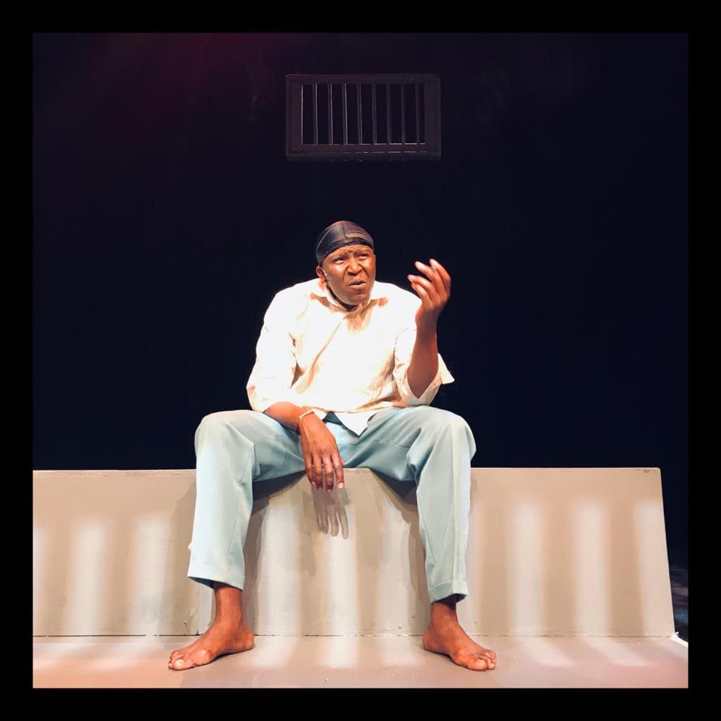 Khulu Skenjana in Dead End at Joburg Theatre
