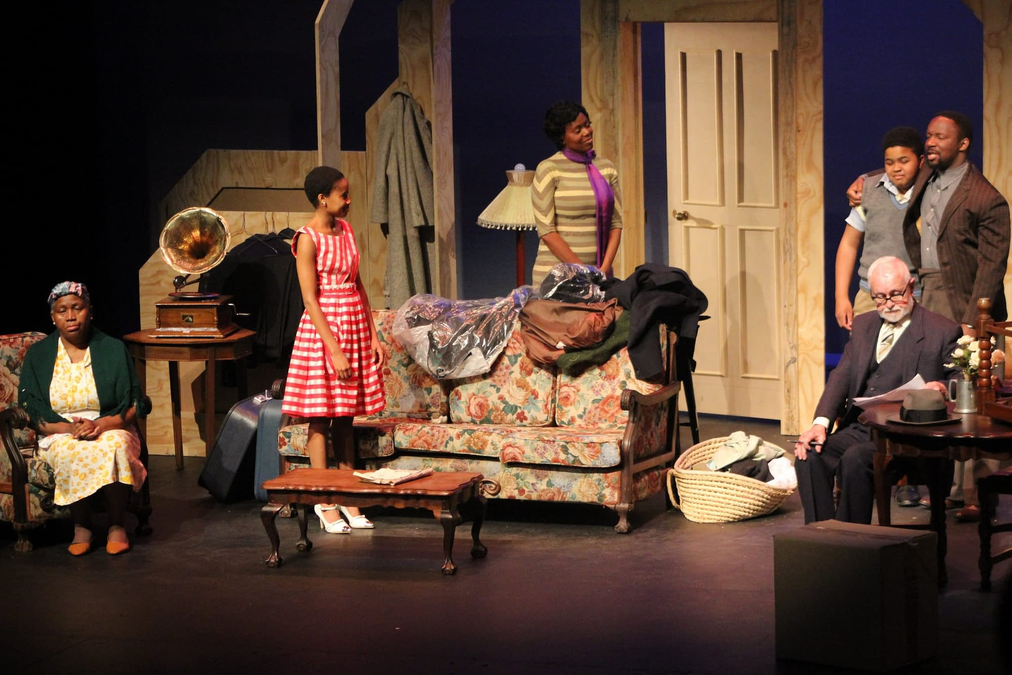 A Raisin In The Sun directed by Dr. Jerry Mofokeng wa Makhetha at Soweto Theatre (photos by Tumi Moloi)